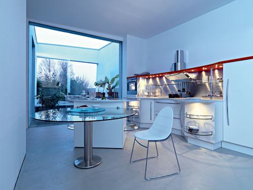 Italiaanse design keuken van Snaidero in model Skyline met witte afwerking.