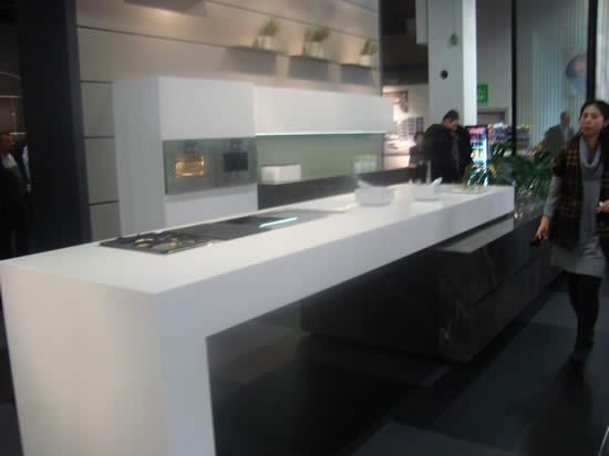 Blog over italiaanse design keukens: werkbladen dun of dik maakt