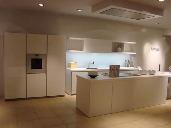 Bulthaup keukens van bulthaup nieuws startpagina voor keuken idee n uw - Idee deco keuken wit ...