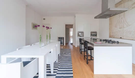 Design keukens amsterdam fauteuil 2017 - Idee deco keuken wit ...