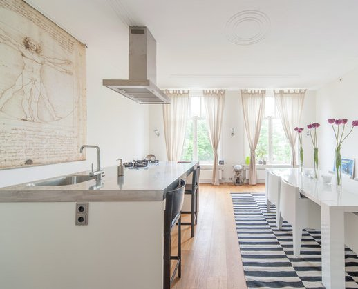 Witte Keuken Witte Vloer : Witte eiken keuken etage van deze woning in ...